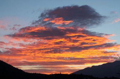 Carpathian Mountains, sunrise, dawn, clouds, cloudspotting, Romania, Transylvania, Magura