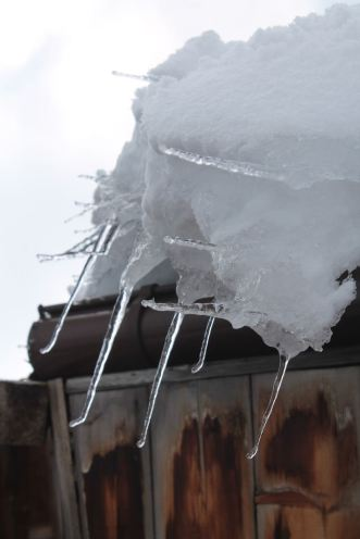 Ice spears waiting to stab